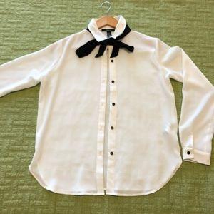 3077797cc10 Forever 21 Tops - Forever 21 Black + White bow tie blouse
